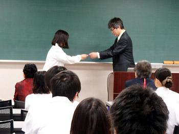 北海道大学 白衣授与式