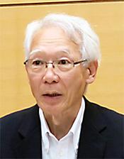 井上圭三氏