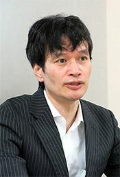 佐藤敏信健康局長