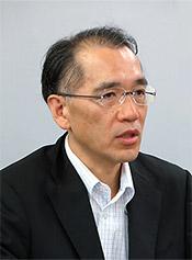 鎌田光明総務課長