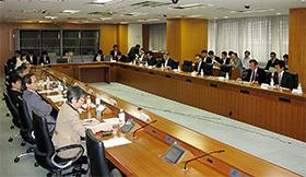 新たな研究開発法人制度の骨子案を議論した有識者懇談会