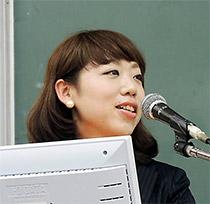 東加奈子氏