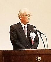 発足宣言する嘉数研二宮城県医師会長