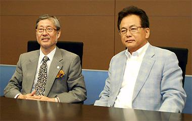 左からJ-CRSU・大橋靖雄理事長、EPS・田代伸郎社長