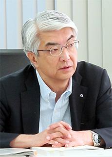 加茂谷佳明委員長