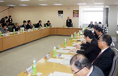 20日に開かれた東京都薬事審議会