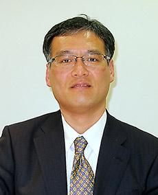 藤本利夫氏