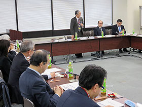 20日に開かれた薬剤師国家試験制度改善検討部会の初会合