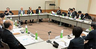 健康情報拠点薬局(仮称)のあり方に関する検討会の初会合