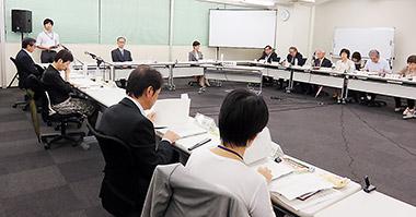 17日に開かれた厚生労働省の合同会議