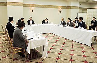 中国四国ブロックの各県病薬会長が出席した