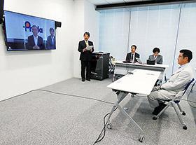 PMDA・近藤達也理事長と対話する大阪府・松井一郎知事