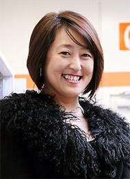 児島惠美子氏
