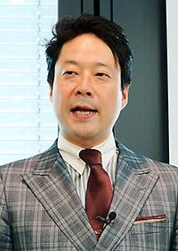 川上浩司氏