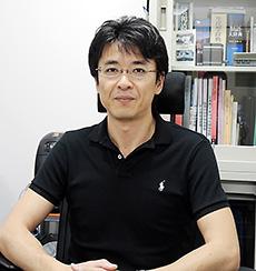 岡田直貴氏