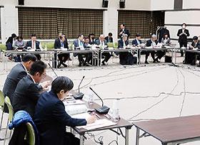 18年度改定の論点を議論した中医協総会